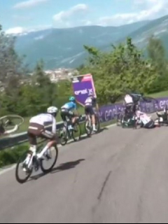 (Video) Caída en etapa 17 del Giro de Italia; Remco Evenepoel casi se retira