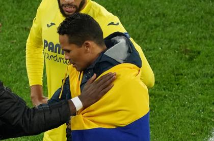 Carlos Bacca, colombiano tres veces campeón en la Europa League al que creen uruguayo.