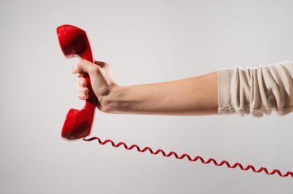 Foto ilustra nota sobre cómo llamar de un teléfono fijo a un celular