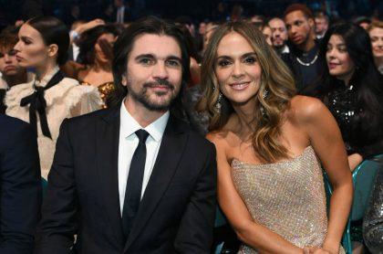 Foto de Juanes y Karen Martínez ilustra nota sobre su relación