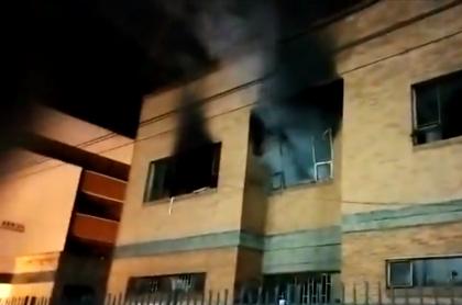 Incendian Palacio de Justicia de Facatativá y se de vacunas contra el COVID-19.