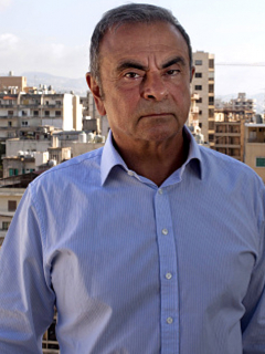 Franceses interrogan a Carlos Ghosn, expresidente fugitivo de Renault-Nissan