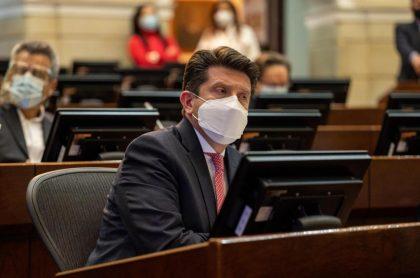 Cámara votó que no a la moción de censura contra ministro Diego Molano