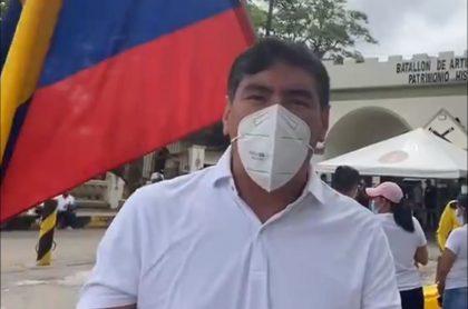 Álvaro Hernán Prada, excongresista, en medio de una marcha
