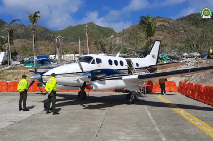 Fiscalía decomisó avión de esposo de Alejandra Azcárate por tráfico de coca