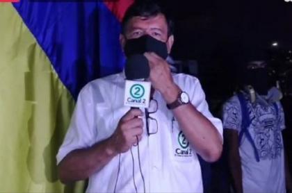 Periodista del Canal 2 en Cali, quien asegura que un policía lo amenazó de muerte