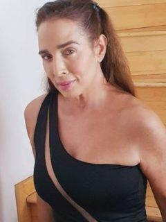 Sensual foto de Luly Bossa, con casi nada de ropa, que fascina a sus seguidores