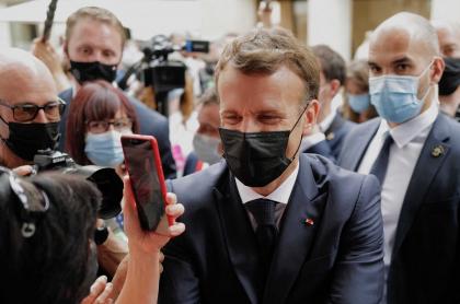 Emmanuel Macron, presidente de Francia, que fue chacheteado por un ciudadano