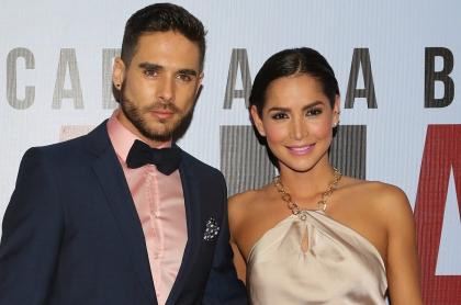 Sebastián Caicedo y Carmen Villalobos en estreno de 'A la mala', a propósito de que dijeron si se separaron como andan diciendo.