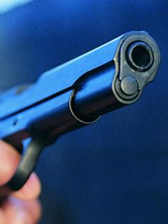 Imagen de pistola que ilustra nota; Medellín: atacan con arma de fuego a periodista en su casa