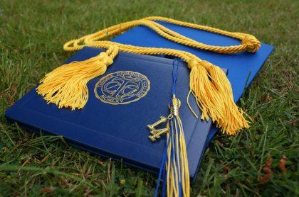 Foto de referencia de diploma para nota de Cómo convalidar en línea estudios de posgrado obtenidos en el exterior