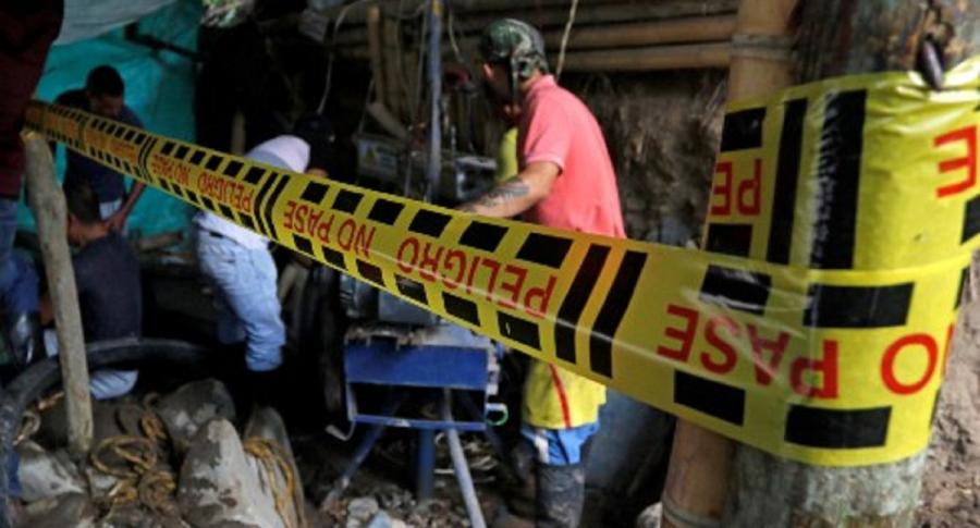 9 de 12 mineros atrapados en mina de Socha fueron hallados sin vida.