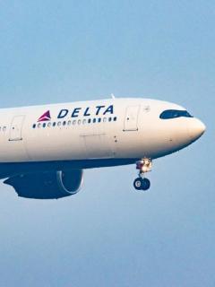 Vuelo de Delta fue desviado tras amenaza de pasajero, en EE. UU.