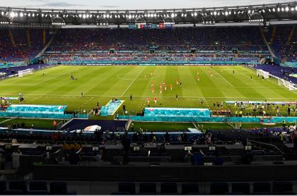Desactivan carrobomba en la Eurocopa, justo antes de Italia-Suiza, en Roma. Imagen del escenario del partido.