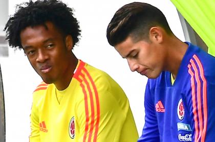 Juan Guillermo Cuadrado defiende a James tratando a la prensa de amarillista. Imagen de ambos jugadores.