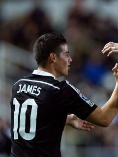 James Rodríguez celebra gol del Real Madrid con Sergio Ramos, ilustra nota de James Rodríguez envía mensaje a Sergio Ramos tras su despedida del Real Madrid