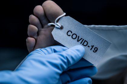 Imagen de persona fallecida por COVID-19, a propósito de ocupación de hornos crematorios en Colombia