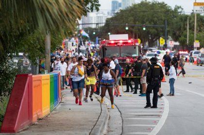 El conductor de un camión atropelló a un grupo de personas que participaban en un desfile del orgullo Gay en Estados Unidos.