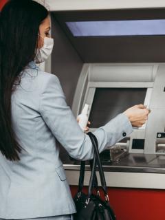 Bancos cambiarán cajeros automáticos en Colombia.