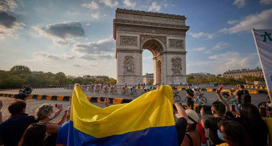 Tour de Francia 2020 en París, ilustra nota de Director del Tour de Francia dice que sí habrá montaña en la edición 2021