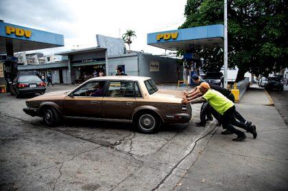 Mala calidad de combustibles en Venezuela daña bujías e inyectores; rinde menos