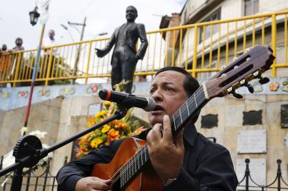 Festitango de Medellín homenaje a Carlos Gardel; inauguran eventos presenciales
