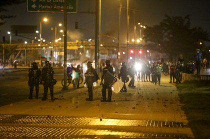 Prohíben manifestaciones en el Portal de las Américas y en el Portal de Suba.