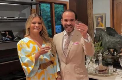 Abelardo de la Espriella celebrando las millonarias utilidades de su firma de abogados