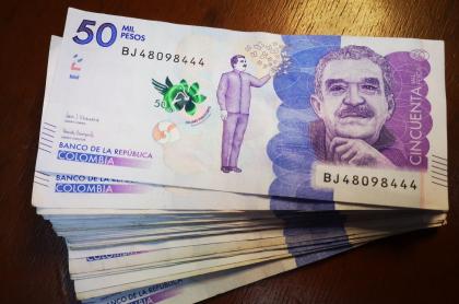 Imagen de billetes, a propósito de cuánto dinero máximo puedo ahorrar en Nequi y cuál es el máximo para transferencias