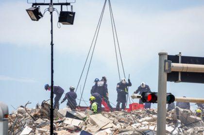 Sube a 16 el número de muertos por colapso de edificio en Miami