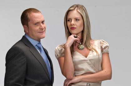 Christian Tappan e Isabela Córdoba en 'Vecinos', a propósito de que él contó reclamo que televidente le hizo por supermercado por su papel de 'Poncho'.