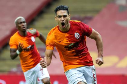 Foto de Falcao García en Galatasaray, en nota de qué dijo en medio de su pretemporada.