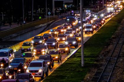 Impuesto de vehículos en Bogotá podría bajar para algunos carros, hasta el 70 %