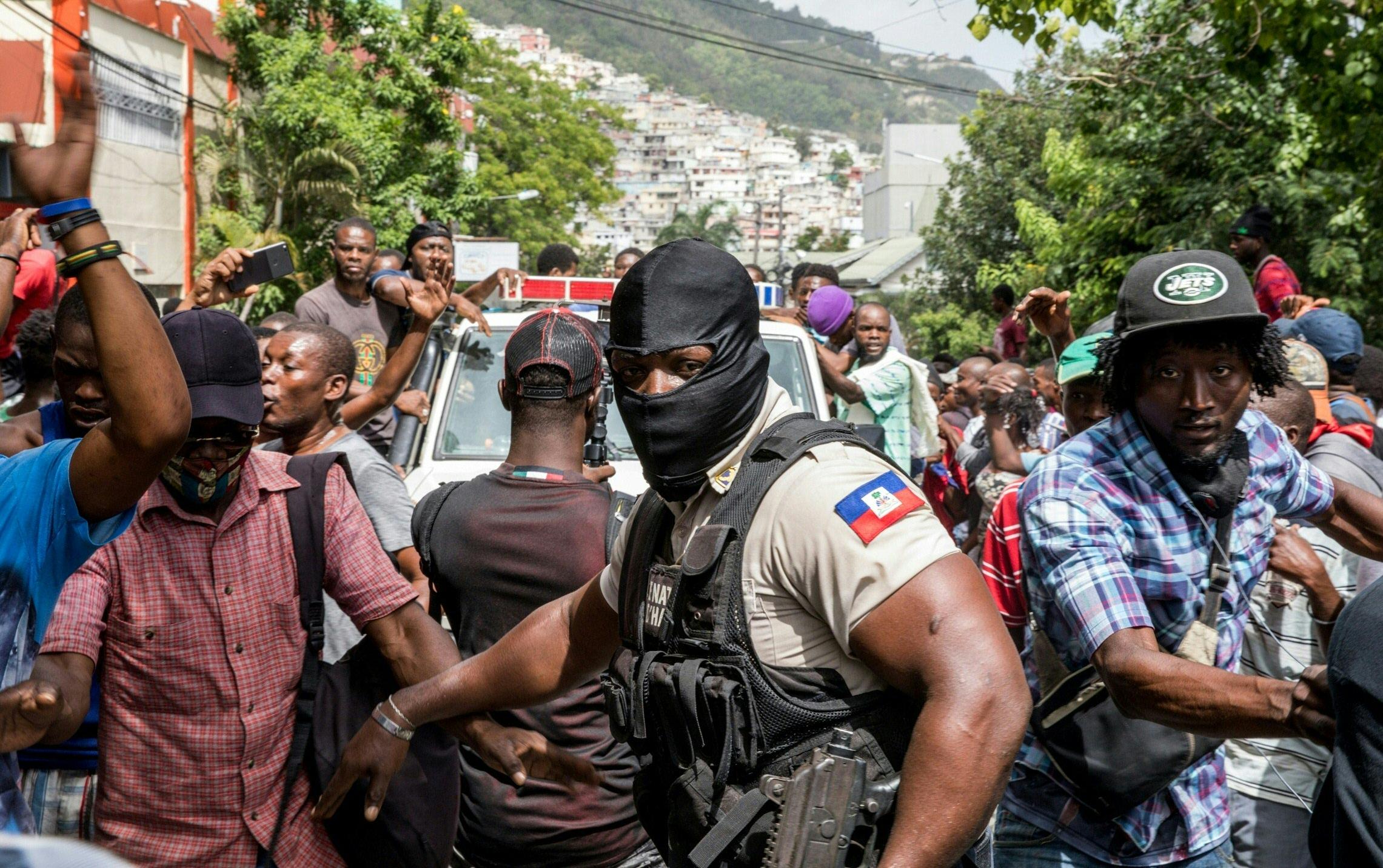Detienen a colombiano que reclutó exmilitares sospechosos de asesinato en  Haití