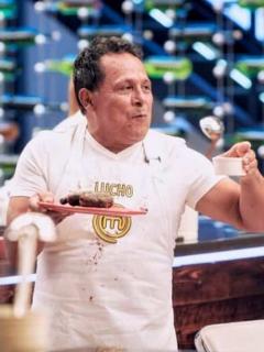 Foto de 'Lucho' Díaz en 'Masterchef', en nota de cuánto gana un concejal en Colombia.