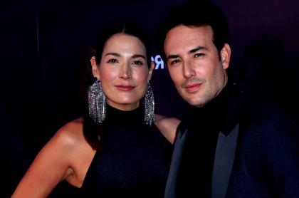 Sebastián Martínez y Kathy Sáenz en lanzamiento de 'Rosario Tijeras' ilustra cuántos años tiene el actor vs. edad de su esposa.