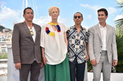 Elkin Díaz,Tilda Swinton, el director Apichatpong Weerasethakul y Juan Pablo Urrego, de 'Memoria', en el Festival de Cine de Cannes.