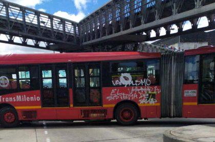 20 de julio: van 6 buses de Transmilenio vandalizados en día de Independencia