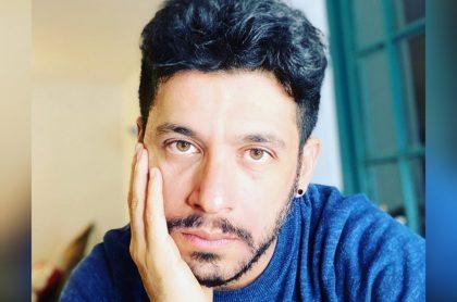 Foto de Santiago Alarcón, a propósito de que sabe que un policía mató a su papá