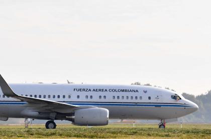 Imagen de avión que ilustra nota; Disidentes Farc querían matar a Iván Duque en avión presidencial