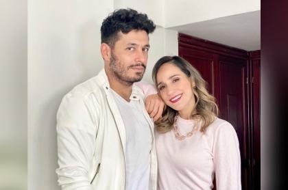 Foto de Santiago Alarcón y 'Chichila' Navia, a propósito de si abrirán su relación
