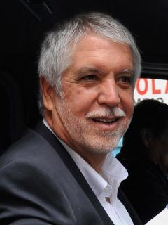 Enrique Peñalosa, principal promotor de Transmilenio.
