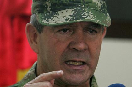 General Mario Montoya, acusado de 104 falsos positivos