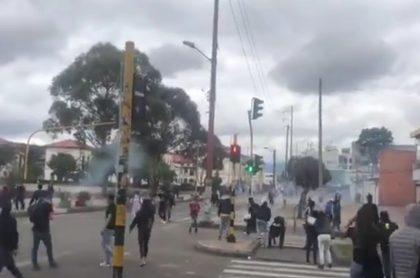 Batalla campal en San Andresito San José Bogotá (VIDEO)