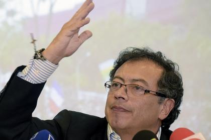 Gustavo Petro se cae y Juan Manuel Galán crece: encuesta Invamer