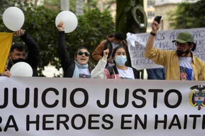 Familiares de los colombianos presos en Haití por el asesinato del presidente sostenían que habían sido engañados.