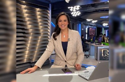 Andrea Bernal, presentadora que se va de Noticias RCN para trabajar en la embajada de Colombia en Estados Unidos.