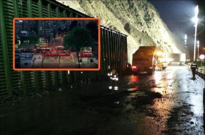 Imagen de la emergencia en vía al Llano, por caída de una roca, que afectó a Transmilenio