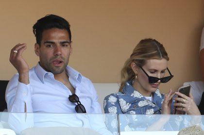 Falcao García y su esposa, Lorelei Tarón, a propósito de que la cantante confesó si ha pensado separarse del futbolista.