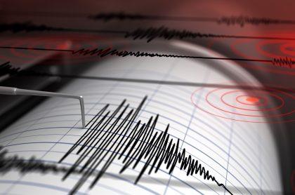 Sismógrafo ilustra nota sobre temblor hoy 28 de agosto en Colombia.